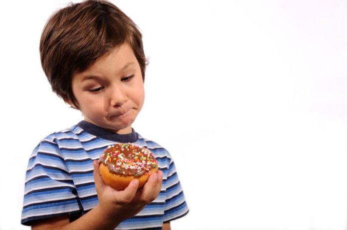 Trik Mengatasi Anak Susah Makan